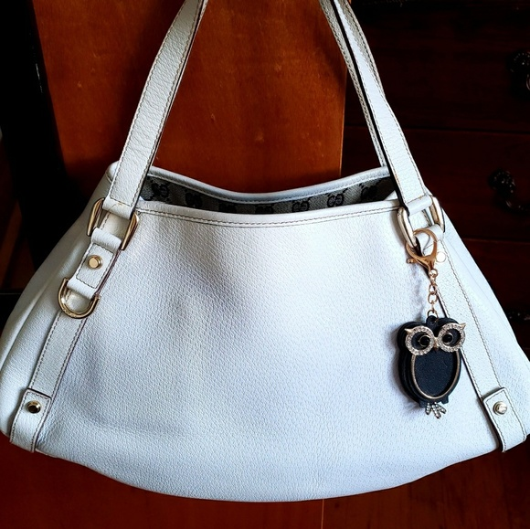 Gucci Handbags - GUCCI 🦉AUTHENTIC OFF WHITE LEATHER ABBEY